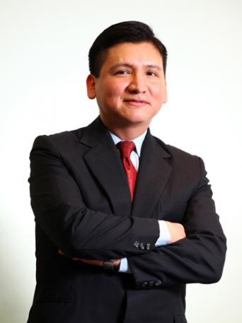 Edgar Perez, author of The Speed Traders