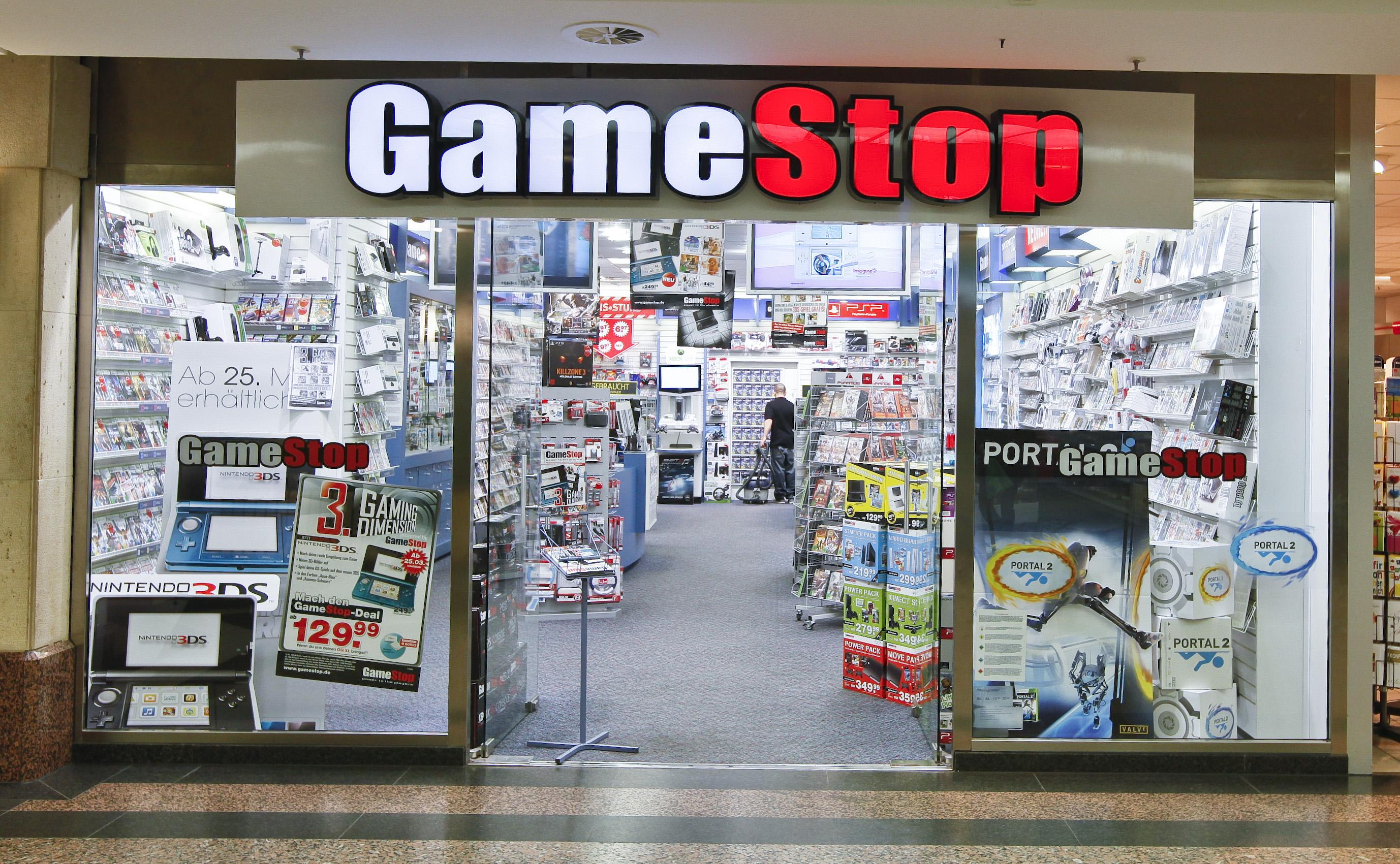No matter what kind of games you like, there's something to get excited about at GameStop. Score a new Xbox , PlayStation 3, Kinect, or another system; snag the hottest games; and stock up on accessories like headsets, cooling systems, and more.