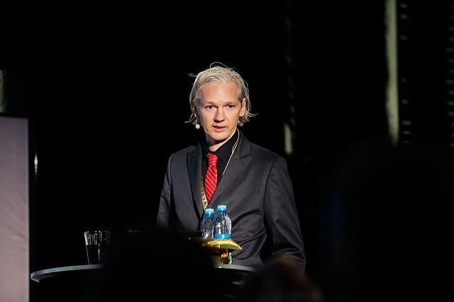 Julian Assange is speaking again on Google and politics: Clinton, Democrats, Republicans
