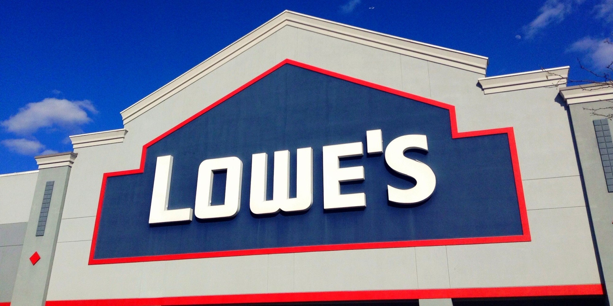 Lowe's sales get boosted by hurricanes