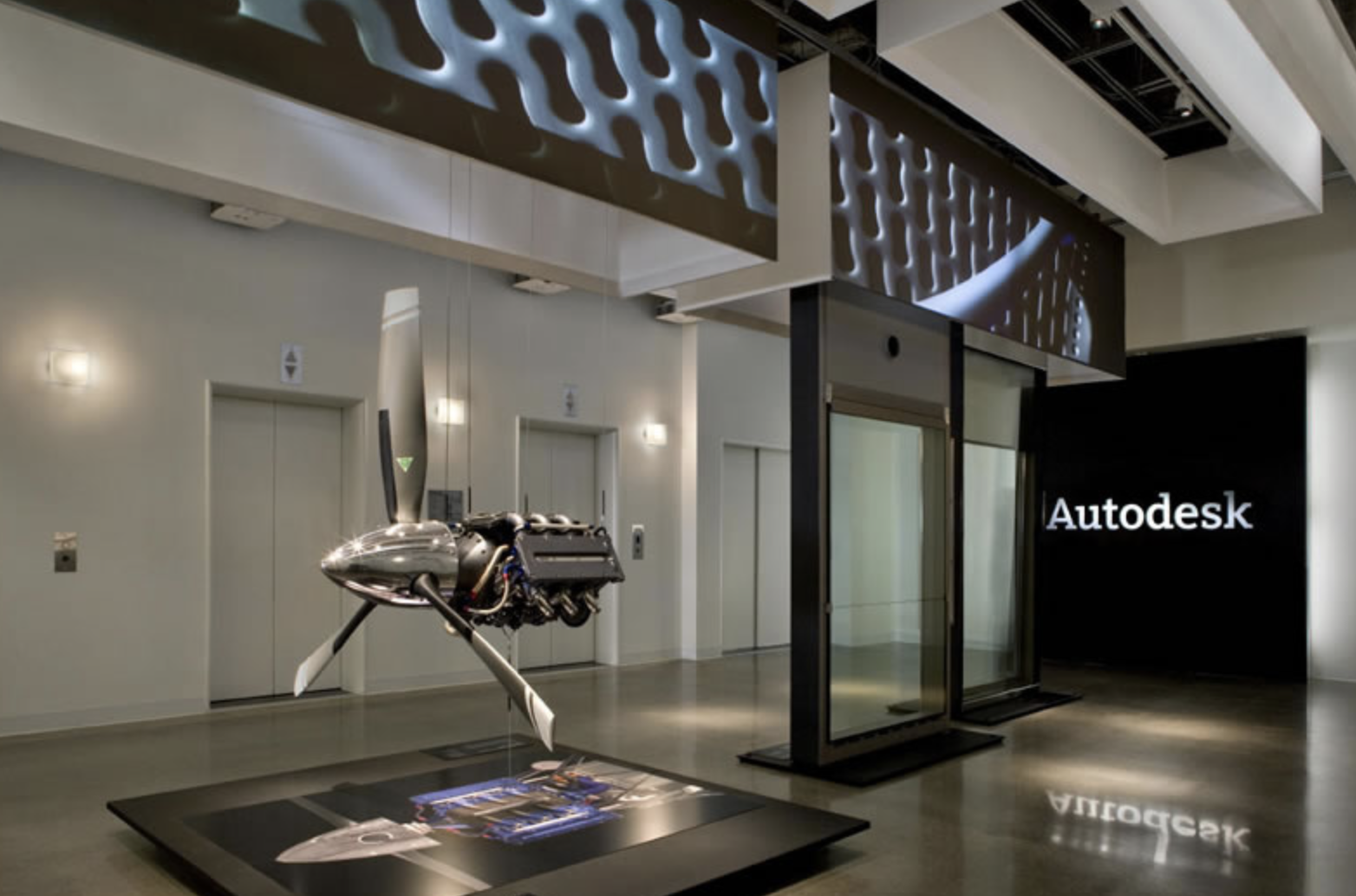 Autodesk Stock Tanks On Guidance, Plans For Restructuring | Investor's  Business Daily