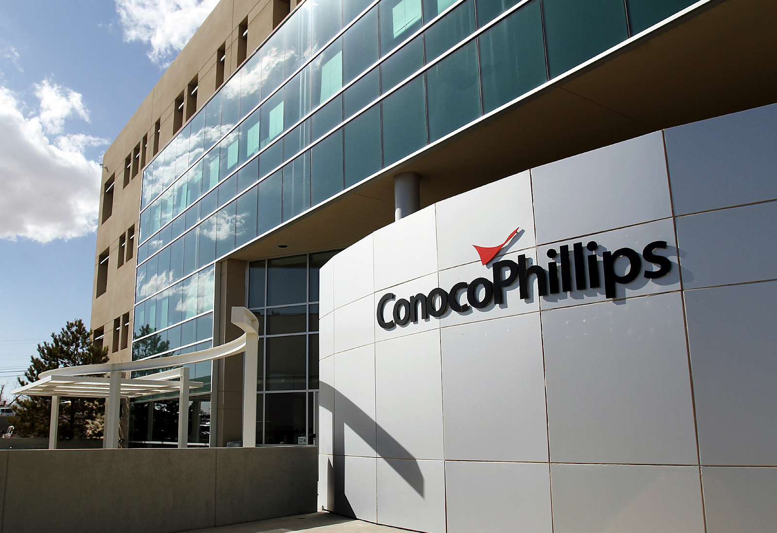 conocophillips Conocophillips, australia 58k likes conocophillips is a global exploration and production oil and gas company with headquarters in houston, texas.