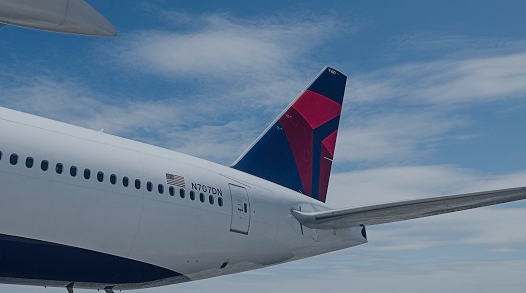 Delta Air Lines Inc (NYSE:DAL) Stock Price Up as Sentiment Improves