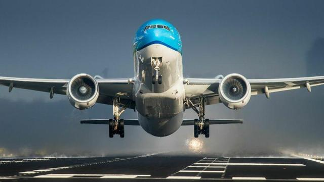 challenging months ahead for boeing the boeing company nyse ba