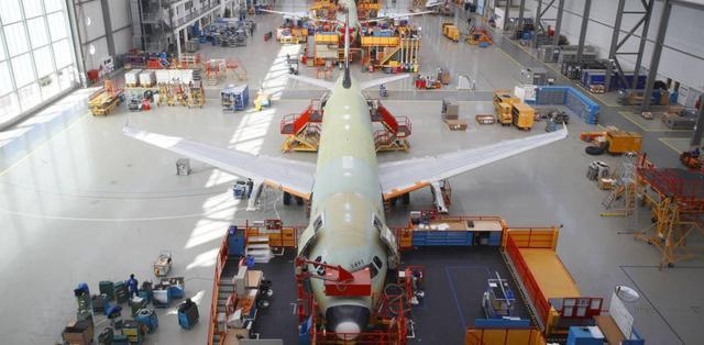 Afbeeldingsresultaat voor assembly line a320