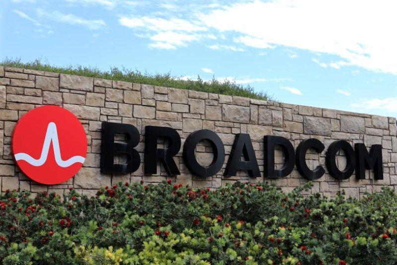 Broadcoms 17 Price Drop Is A Gift Broadcom Limited Nasdaqavgo