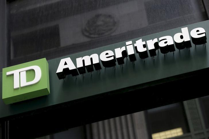Td Ameritrade Is An Attractive Investment Td Ameritrade Holding