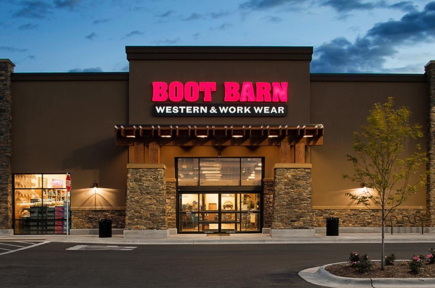boot barn proceed with caution boot barn holdings nasdaq boot