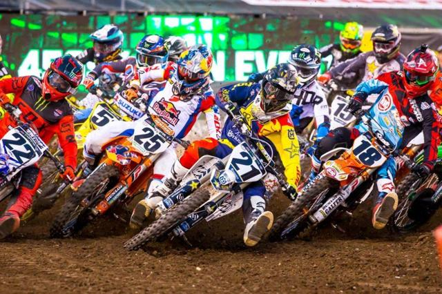 Jason Anderson holeshots the 450 Main Event at the 2017 New Jersey Supercross