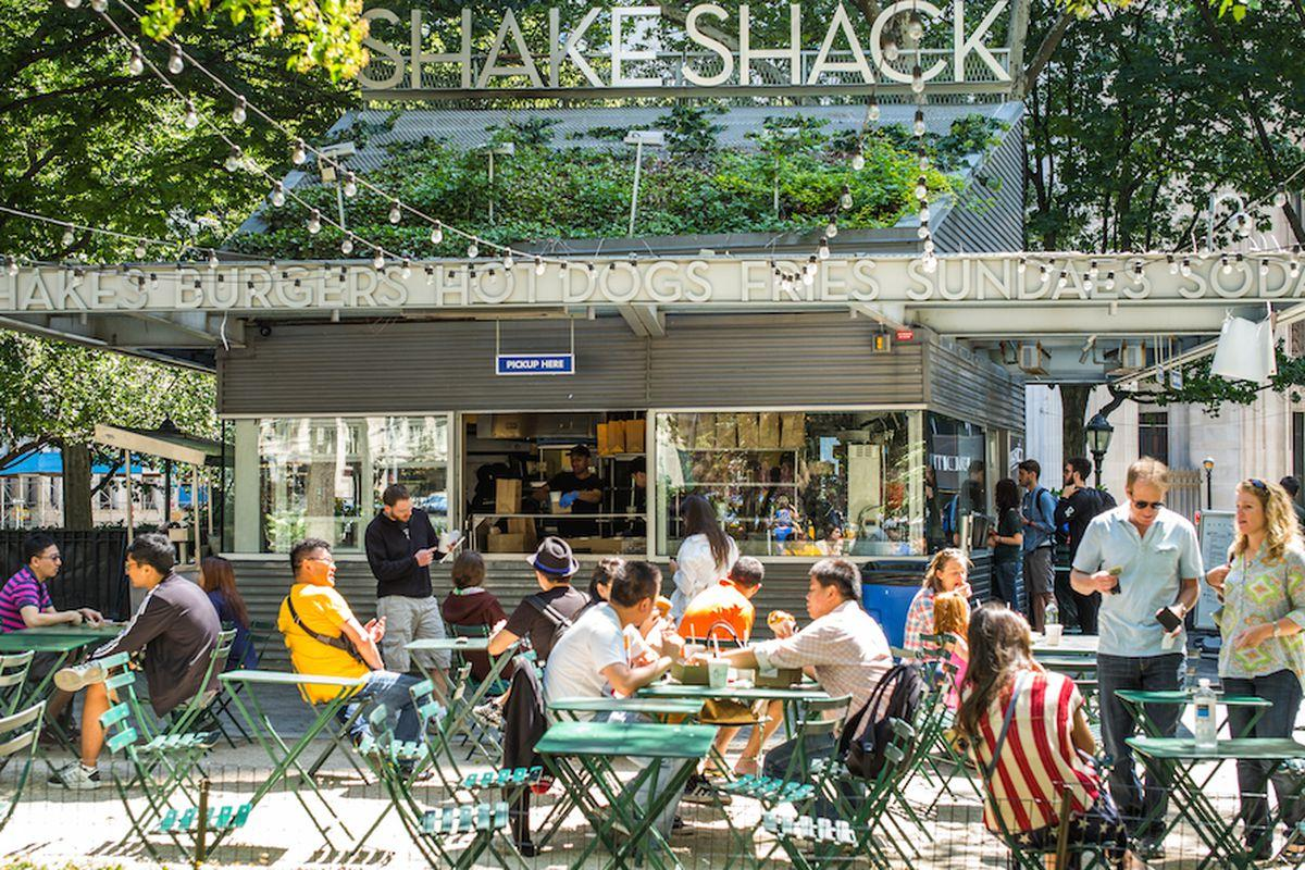 Shake Shack: Shares Interesting At Over 40% Off Highs - Shake Shack Inc. (NYSE:SHAK) | Seeking Alpha