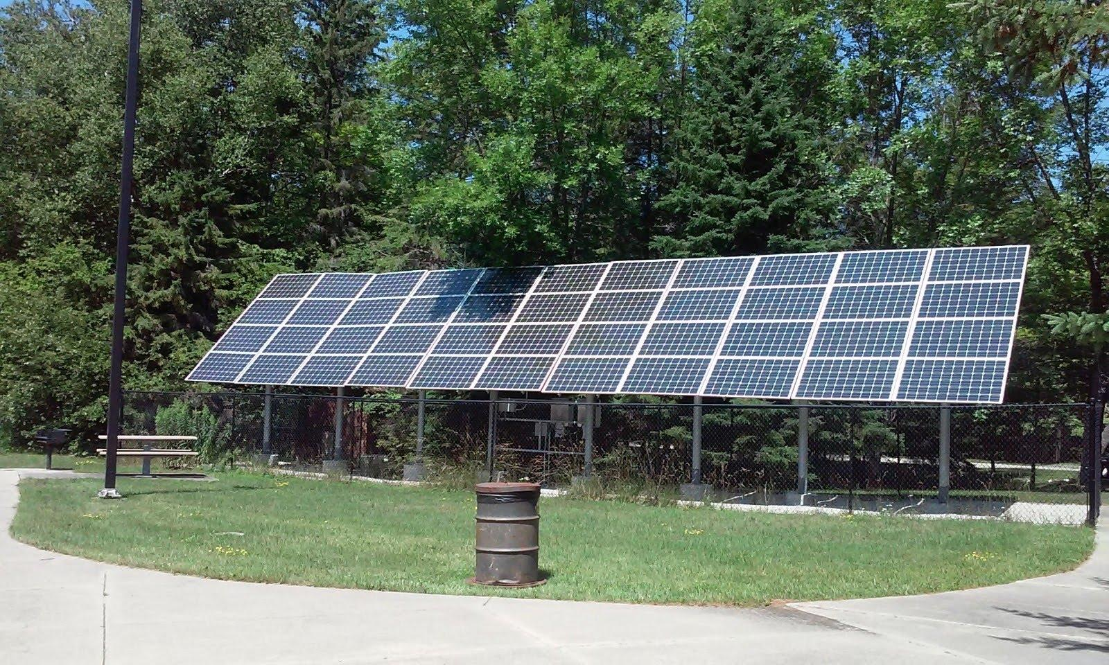Solar Is Booming: Here Are 3 Smart Growth Picks