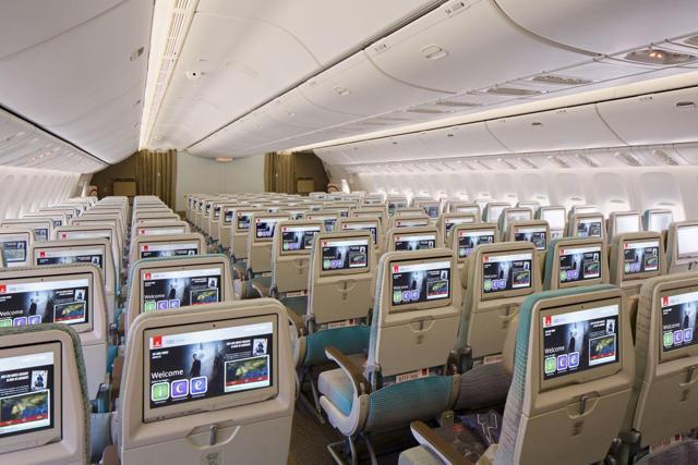 Afbeeldingsresultaat voor emirates cabin
