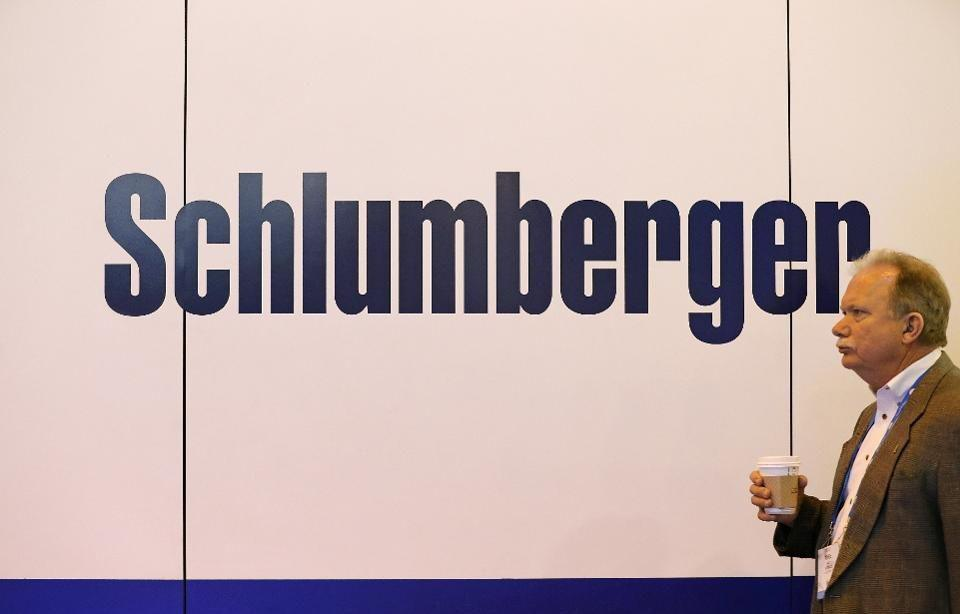 Sell Schlumberger Into Earnings