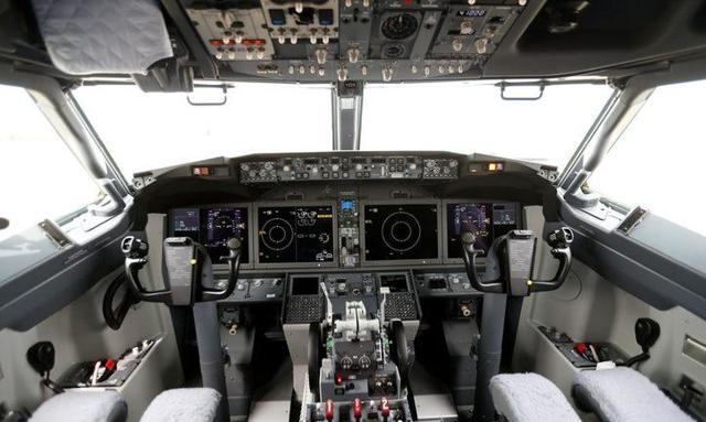 AF-T-372 Senior Civil Engineer USAF Tie Tac