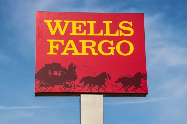 """Wells Fargo <span class='ticker-hover-wrapper'>(BOLSA DE NUEVA YORK:<a href='https://seekingalpha.com/symbol/WFC' title='Wells Fargo & Company'>WFC</a>)</span>""""width ="""" 640 """"height ="""" 427 """"data-width ="""" 640 """"data-height ="""" 427 """"data-og-image-twitter_small_card ="""" true """"data-og-image-twitter_large_card ="""" true """"data-og -image-twitter_image_post = """"true"""" data-og-image-msn = """"true"""" data-og-image-facebook = """"true"""" data-og-image-google_news = """"true"""" data-og-image-google_plus = """" true """"data-og-image-linkdin ="""" true """"loading ="""" lazy """"/></p> <p class="""
