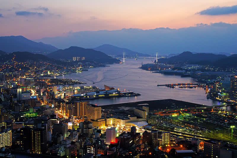 File:Nagasaki City view from Hamahira01s3.jpg