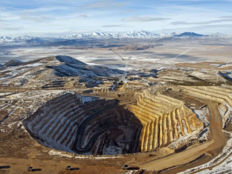 Barrick Gold: Solid Miner In Search Of Direction (NYSE:GOLD) | Seeking Alpha