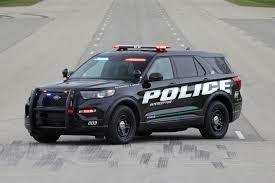 Ford Police Interceptor Utility Hybrid AWD Saves Gas - Specs ...