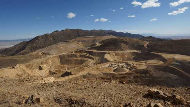 Coeur Mining: Earnings Trend Finally Improving With Higher Metals Prices (NYSE:CDE) 10