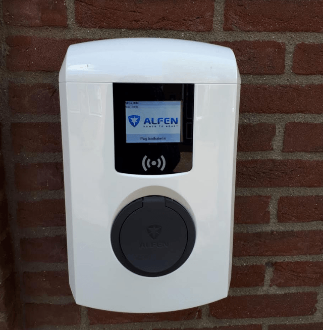 Alfen's charging point on my mother's home – Source: My mother