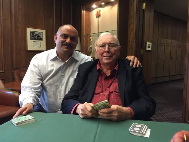 Mohnish Pabrai has weekly meetings with Charlie Munger